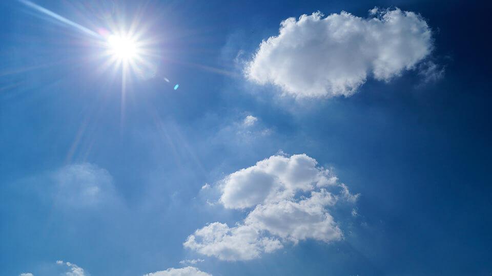 原因:直射日光