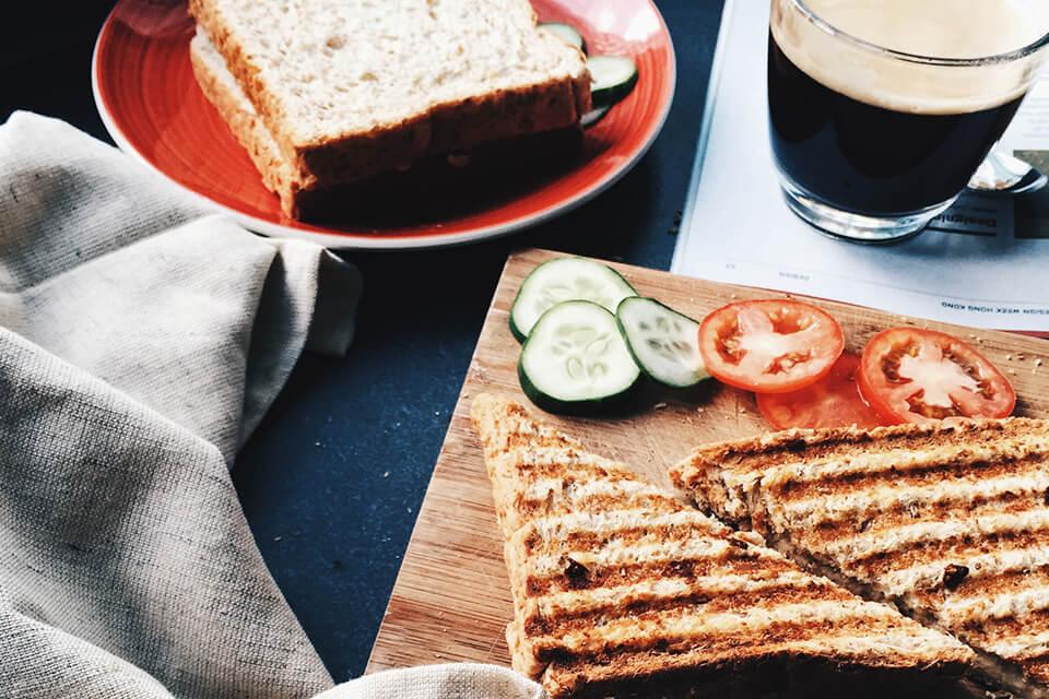 コーヒーとパン