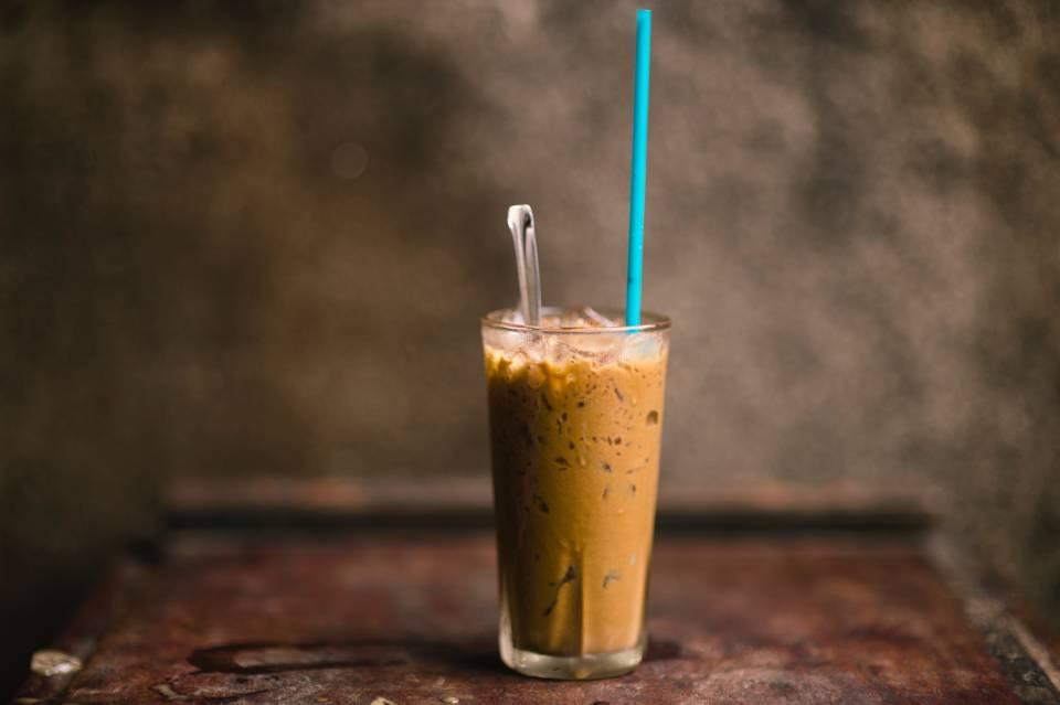 アイスのベトナム式コーヒー