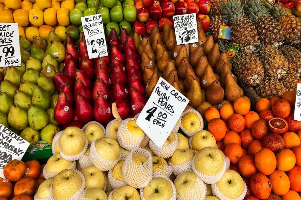 フルーツ市場