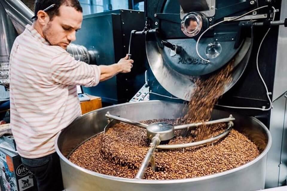 キャラバン・コーヒー・ロースターズ焙煎所