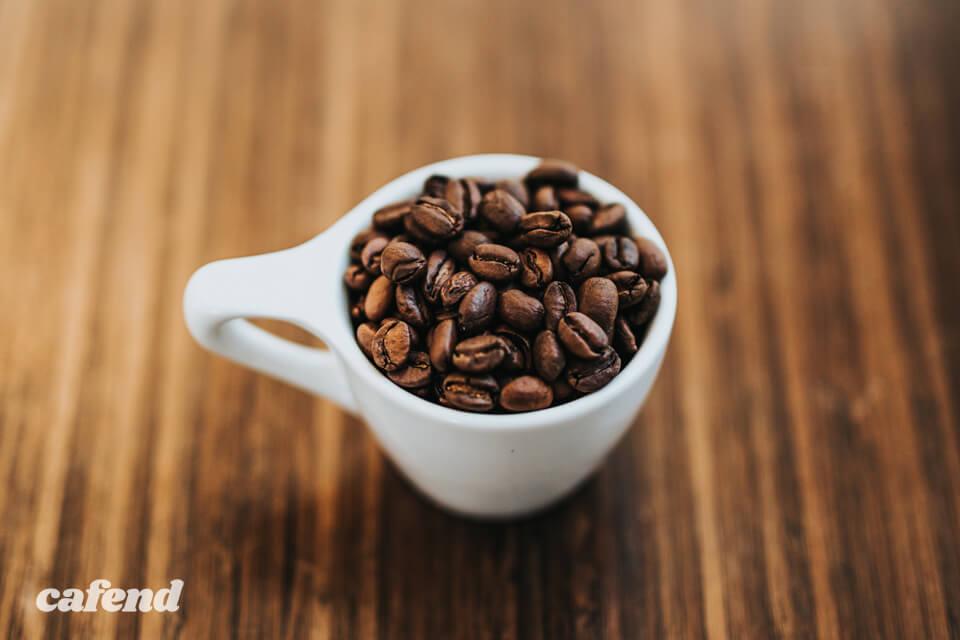 コーヒーは「豆の挽き目」でもっと変わる!挽き方と味の関係を徹底解説