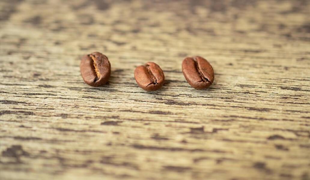 3つのコーヒー豆