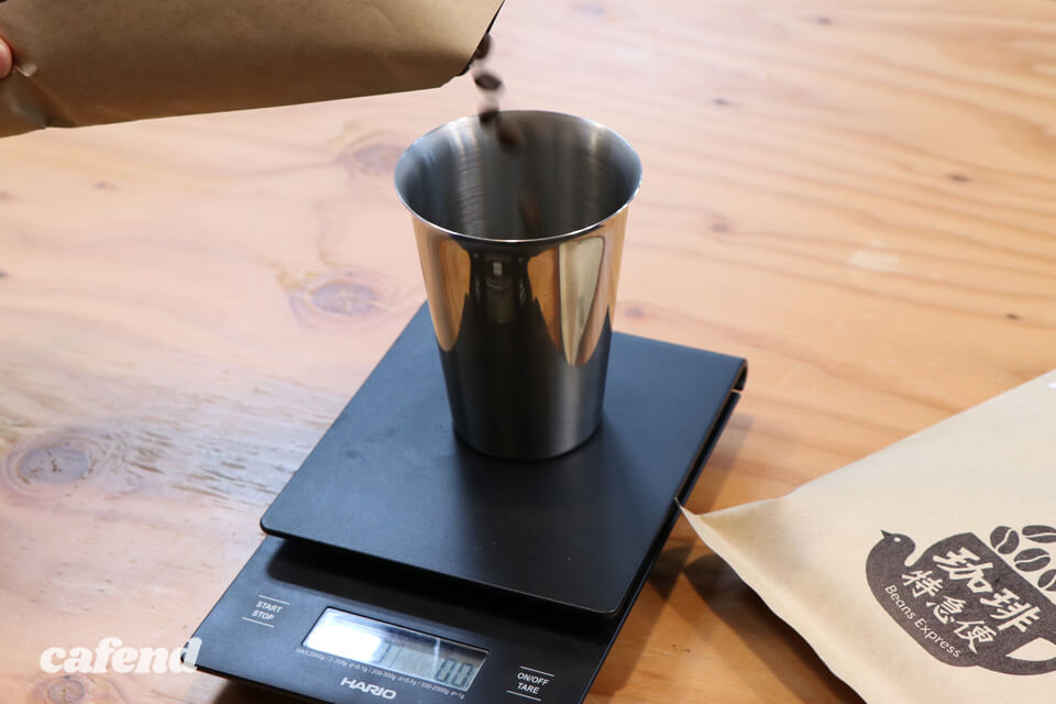 次世代コーヒーツール「エアロプレス」って知ってる? 淹れ方とおすすめレシピを伝授!