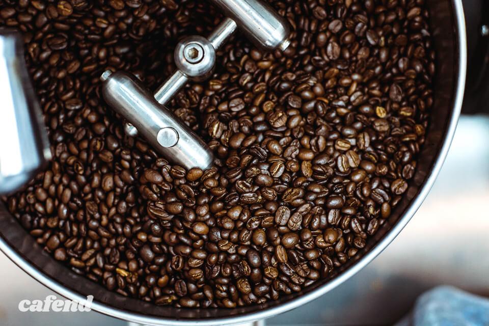 """淹れる前の一手間でコーヒーが格段においしくなる裏技""""ハンドピック""""とは?"""