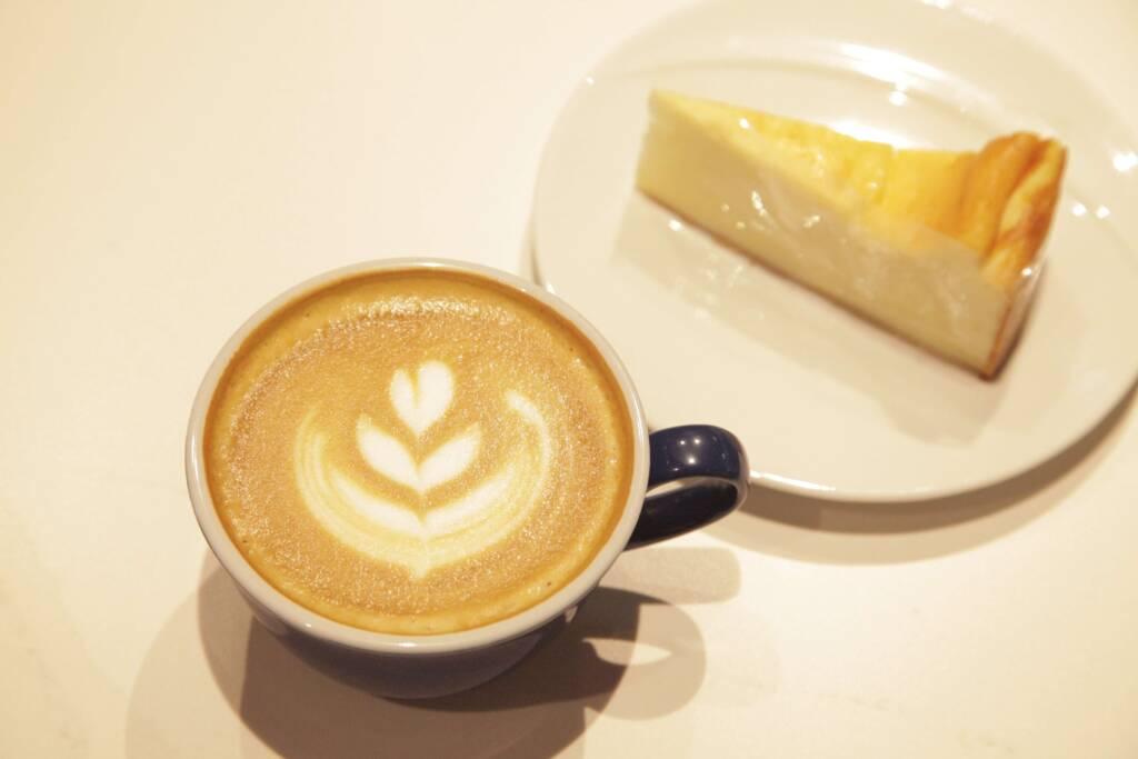 GESHARY_COFFEE_カフェラテ