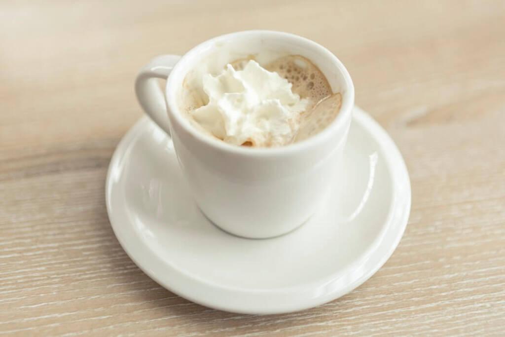 ウィンナーコーヒー(シンプル)