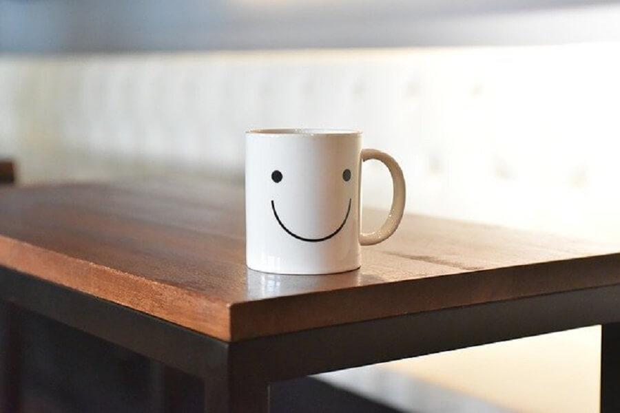 微笑むマグカップ